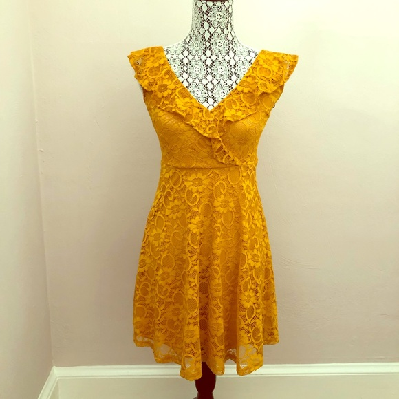Forever 21 Dresses & Skirts - Yellow Sunflower Lace Dress Forever 21